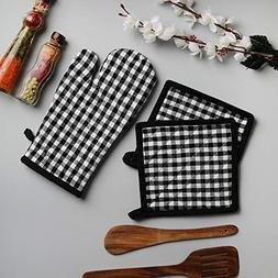 Cotton Oven Mitten And Pot Holders,3 Piece Set, Black & Whit