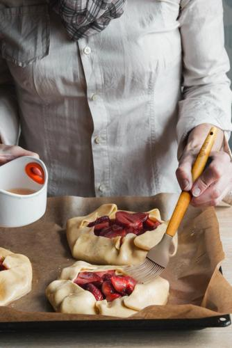 10 Utensils With Wood free